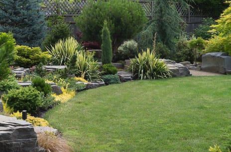 お庭のリフォームやガーデニングの造園工事